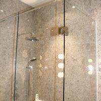 Duschtür aus Glas
